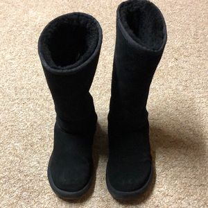 *SOLD*Ugg Tall Black Boots, Size 9